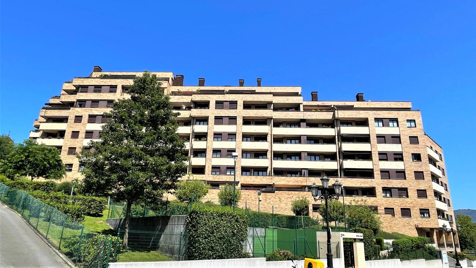 Residencial Jardines del Aramo 2.<br> 79 viviendas